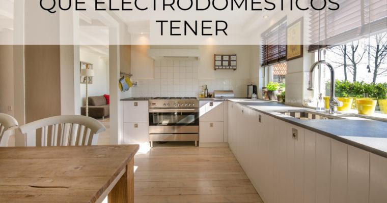Pequeños electrodomésticos y encimeras despejadas: qué tener y dónde guardarlos